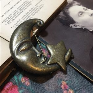 Vintage Jewelry - Celestial Crescent Moon & Star Brooch